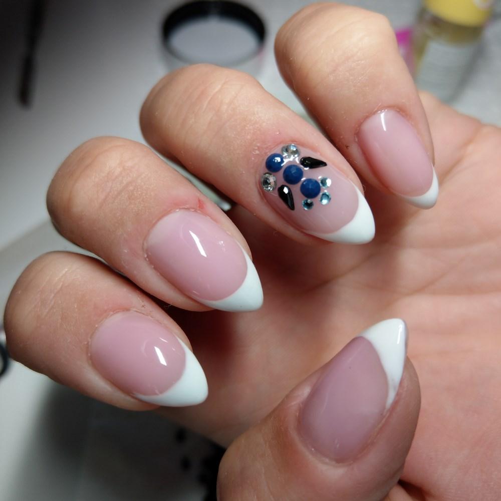 nails3 1